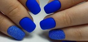 Модный синий маникюр 2020-2021: фото актуальных новинок синего нейл-арта